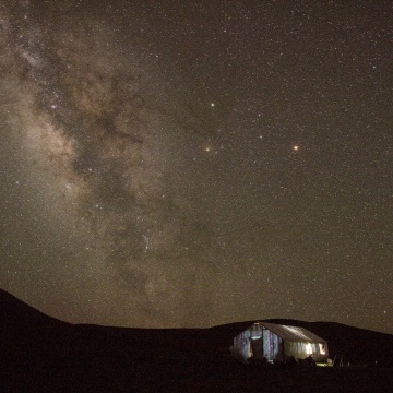 Image: Stars over Yushu county, in the mountains of Qinghai province as the Milkyway rises in the night sky.