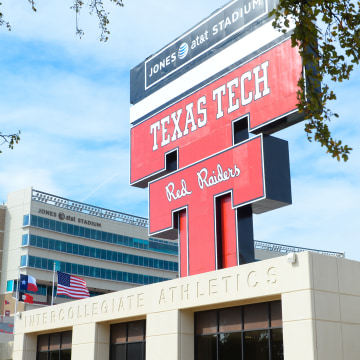 Image: Texas v Texas Tech
