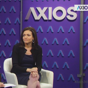 Image: Facebook COO Sheryl Sandberg sits down for an interview with Axios' Mike Allen on Oct. 12, 2017