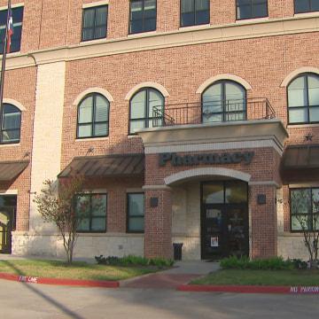 Image:Magnolia Pharmacy in Magnolia, Texas.