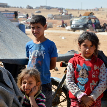 Image: Displaced Syrian children