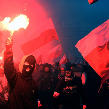 Image: Demonstrators in Warsaw, Poland