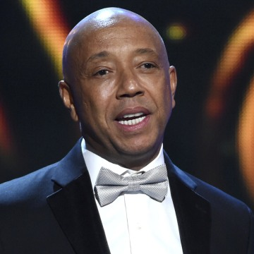 Image: Russell Simmons presents the Vanguard Award at the 46th NAACP Image Awards