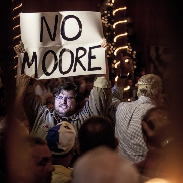 Image: Roy Moore Rally