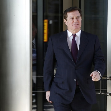 Image: Former Trump campaign manager Paul Manafort departs after a bond hearing at U.S. District Court in Washington