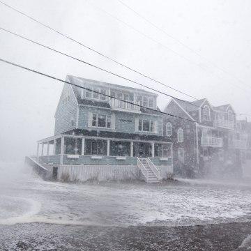 Image: Coastal Storm Brings High Waters