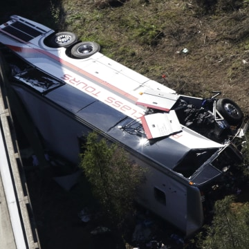 Image: Charter bus crash