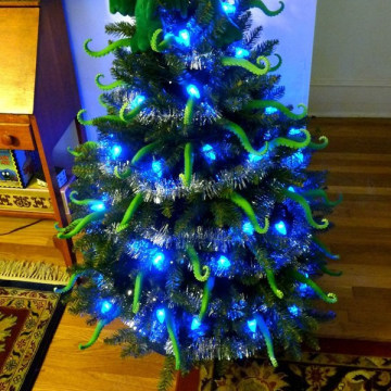 The nerdiest Christmas trees ever - NBC News