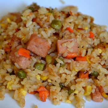 Image: Spam fried rice