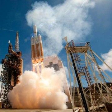 Image: Delta 4 Heavy launch