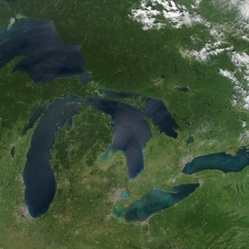 Late August 2010 provided a rare satellite view of a cloudless summer day over the entire Great Lakes region. North Americans trying to sneak in a Lab...