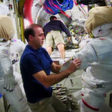 Image: Mastracchio and spacesuit