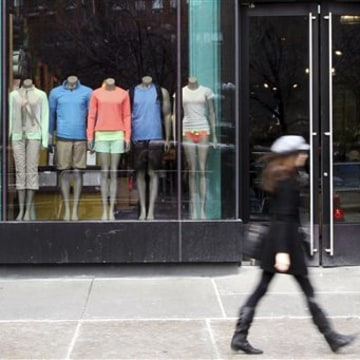 Lululemon Athletica continues to field customer complaints about the quality of some of its yoga pants, as well as how customers are being treated.