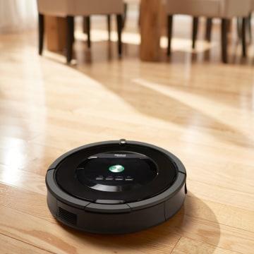 IMAGE: Roomba 880