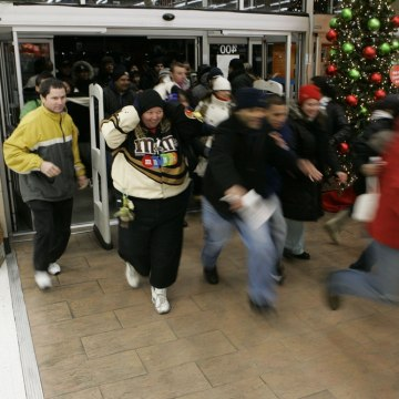 That 'Black Friday' rush is coming a little earlier this year, Wal-Mart says. Two hours earlier.