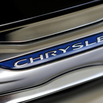 "Fiat says don't expect a Chrysler IPO this year, it's not ""practicable."""