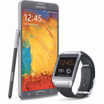 Galaxy Gear smartwatch alongside the Galaxy Note 3, with which it pairs.