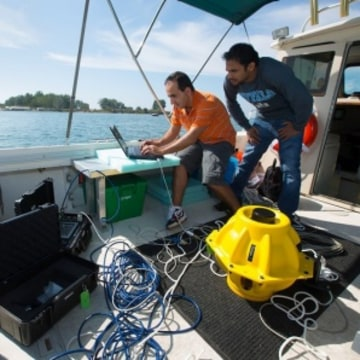Testing of deep sea internet