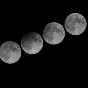 Image: Penumbral lunar eclipse