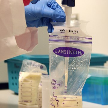 Buying and selling breast milk online is growing in popularity, but a new study spotlights serious safety concerns.  Researchers at Nationwide Childre...
