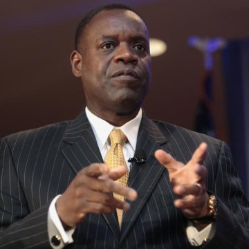 "Detroit's emergency manager Kevyn Orr speaks to members of the Detroit Economic Club in Detroit in this Oct. 3 file photo. Orr testified Monday that the city's financial condition was ""shocking."""