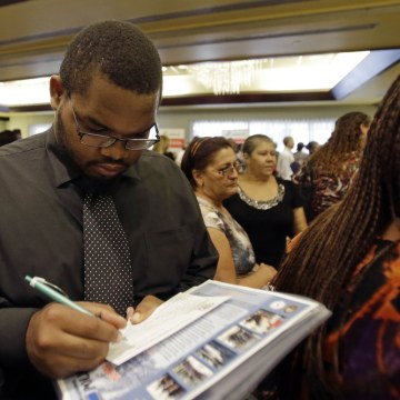 In a promising sign for the economy, weekly jobless claims dropped to near a 6-year low.
