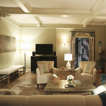 Get The Look Have A Living Room Like Olivia Pope On