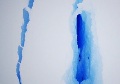Britain's Halley VI Research Station Closed by Giant Ice Crack