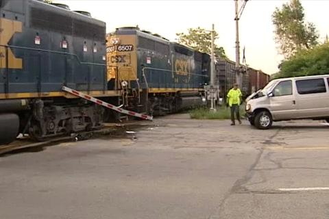 One Killed, Nine Injured as Van Hits Train in Ohio