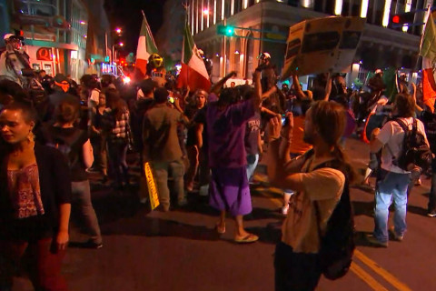 Donald Trump rally in Albuquerque erupts in violence; officers injured