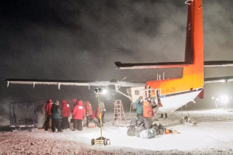 Daring South Pole Rescue Mission: Sick Workers Evacuated