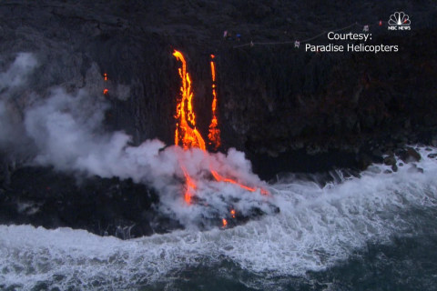 Watch as Lava Oozes into the Ocean after Hawaiian Volcano Erupts