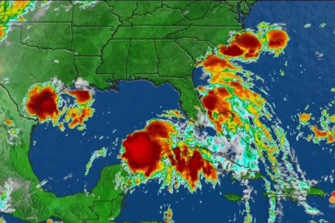 U.S. East and Gulf Coasts, Hawaii Under Threat From Tropical Systems