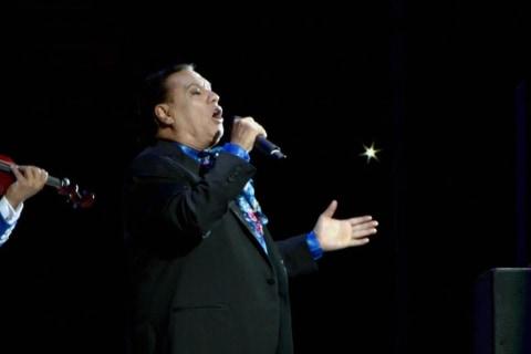 Watch Footage From Juan Gabriel's Last Concert