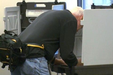Iowa Casts First Ballots