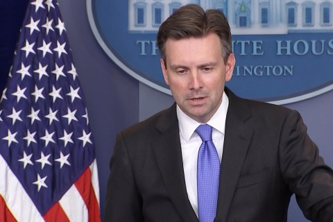 White House on Military Bonuses: Obama Wants Service Members Treated Fairly