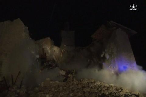 Powerful Earthquake Crumbles Italian Church