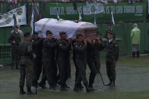 20,000 Gather to Mourn Chapecoense Plane Crash Victims