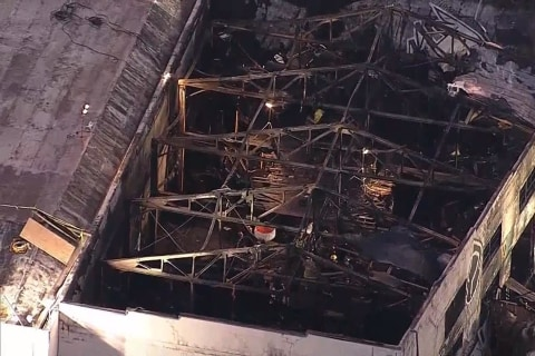 Oakland warehouse fire: Death toll at least 33, investigators combing scene