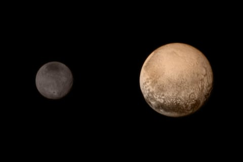 Astronomers Discover Something Strange and Beguiling on Pluto's Largest Moon