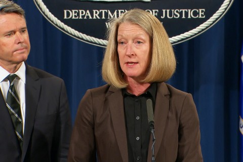 Russian Agents and Criminal Hackers Charged in Yahoo Hack