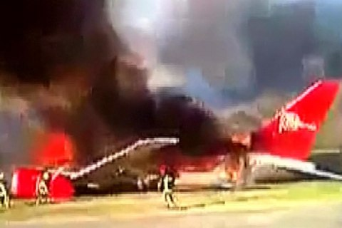 Boeing 737 Bursts Into Flames After Forced Landing in the Andes