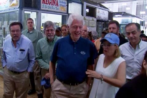 Bill Clinton visits Puerto Rico