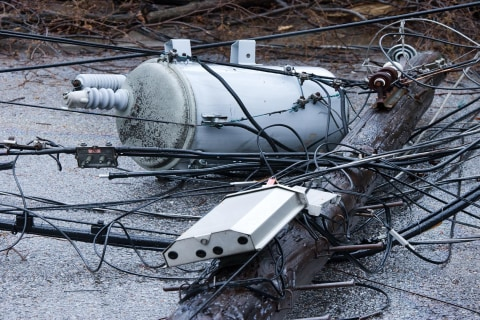 How to prepare for and cope with a power outage