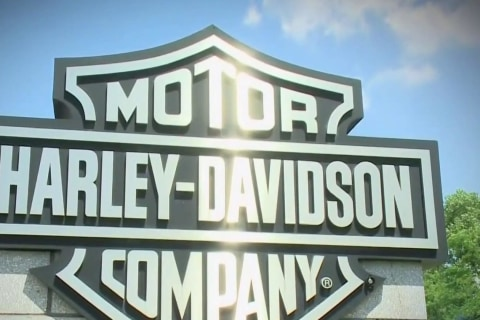Harley-Davidson layoffs after tax cuts anger employees