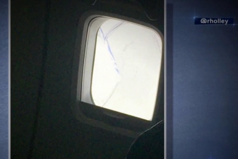 Southwest plane diverts to Cleveland due to cracked window
