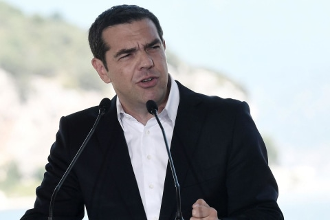 Greek nationalists protest over agreement to change Macedonia's name