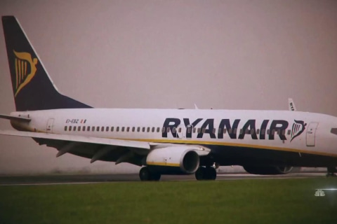 Passengers outraged, frightened after pressure drop aboard Ryanair flight