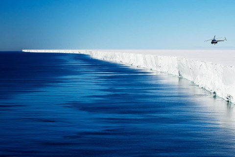"""Scientists just discovered that an Antarctic ice shelf is """"singing"""""""