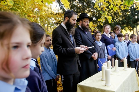 Jewish ceremony in Berlin marks 80th anniversary of Kristallnacht
